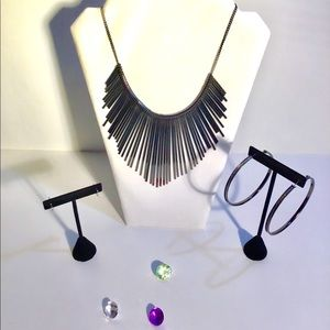 Jewelry - NWT Necklace Ensemble